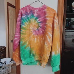 Tops - Tie dye sweatshirt
